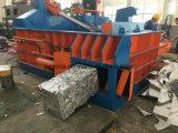 Altmetall, das hydraulische Presse-Ballenpresse aufbereitet