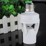 CA 110-220V 360 gradi di PIR di induzione di movimento del sensore di IR dell'essere umano E27 B22 E14 della spina dello zoccolo di interruttore della base LED di lampadina dell'indicatore luminoso di supporto infrarosso della lampada