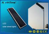 50W lámpara de calle inteligente integrada al aire libre del panel solar LED