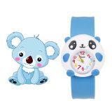 Venda de reloj promocional barata de los niños de la historieta de la palmada del silicón