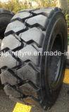 Alpinaのブランドの保証が付いているスキッドの雄牛の産業タイヤ