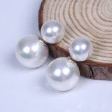 10mm y 14mm Round Sea Shell Doble Pendiente Perla Perla
