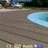 Decking en bois composé extérieur moderne de la CE WPC pour le syndicat de prix ferme