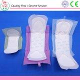 2017 serviettes hygiéniques/garnitures organiques confortables remplaçables de coton de dames