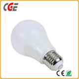 Bulbo de interior de aluminio de la luz de bulbo de la cubierta plástica A60 7W LED