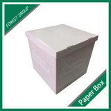 Коробка гофрированной бумага архива с печатание логоса