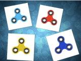 Fingerspitze-Kreiselkompass-Dekompression-kreativer Spielwaren-Finger zwischen dem Hieb-Kreiselkompass-Großverkauf