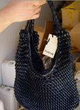 Vrouwen die Handtassen (07004) weven