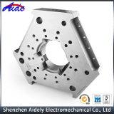 Peças de alumínio fazendo à máquina de reposição do CNC da ferragem para médico