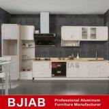 Le chêne blanc et jaune et mobilier de maison de bois de santal métal modernes des armoires de cuisine en aluminium