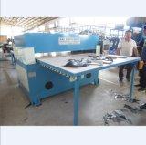 Automobile hydraulique alimentant à doubles côtés la machine de découpage de cuir de Rexine