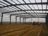 Edificio galvanizado de la estructura de acero con el panel de emparedado de las lanas de roca de 100m m