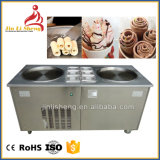 Embracoの圧縮機が付いているマニュアルの揚げられていたか、またはロールによって揚げられているアイスクリーム機械