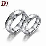 Rhombus Cut Men's Tungsten Bague en acier de l'Europe style anneau de couple