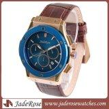 Kundenspezifische Mann-Quarz-Armbanduhr, Luxuxform-Quarz-Uhr