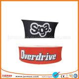 流行のコマーシャルの自由なデザインは天井の大きい旗に挑む