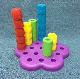 Kind-Spielbackgammon-Baustein-Spielzeug
