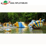 Giocattoli gonfiabili giganti dell'acqua, sosta di galleggiamento gonfiabile dell'acqua, trasparenza di acqua gonfiabile e trampolino combinati