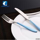 متحمّل [ستينلسّ ستيل] فضّيّ مائدة لأنّ بيتيّة