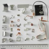 Produtos OEM personalizados o grampo de mola plana de estamparia de metal com vários tipos