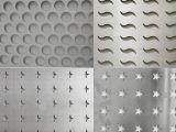 Het geperforeerde Blad van het Aluminium met Diverse Vorm van Gaten/de Decoratieve Plaat van het Netwerk