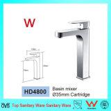Filigrane porcelaine sanitaire robinet d'eau du bassin de la salle de bains en laiton (HD4800)