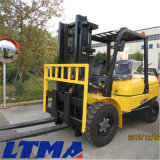 Le ce a reconnu le chariot élévateur hydraulique diesel de 5 tonnes avec l'engine du Japon