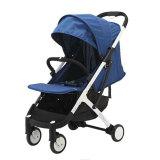 Neues Yoya plus einen Falten-Baby-Spaziergänger