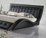 Antiker Entwurfhoher Headboard-büscheliges ledernes Bett