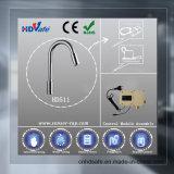 Grifo de cocina moderna de cromo de la serie sensor automático de grifo de agua eléctrico