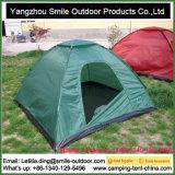 Barraca de acampamento verde dobrável da abóbada do festival de 2 pessoas