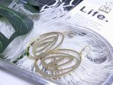 実質の金張りのホックの真鍮の女性のローズの光っているイヤリング