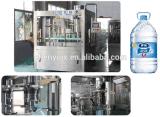 Automatic 3-en-1 de la máquina de llenado de agua mineral de botella