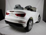 Passeio licenciado elétrico de Audi A3 no carro para miúdos