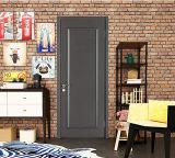 現代簡単で黒いカラー内部の木のドア