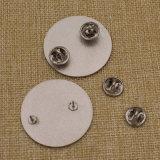 Серебристый круглой формы подачи металла мягкой эмали значка