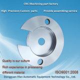 La précision machine automatique de l'usinage fraisage CNC partie en aluminium avec anodisation