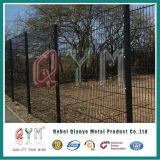 A alta segurança moldou a cerca soldada do jardim do engranzamento de fio