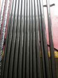 Tubo con el paño de la fibra del carbón