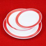 Hotsaled um jogo de jantar cerâmico da borda da cor
