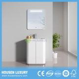2018 LED quente toque no interruptor de alto brilho de PVC Paint Arc Floor-Standing armário de banheiro HS-P1106-600