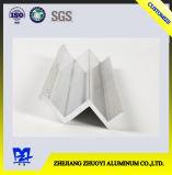 Quarenta e sete perfis a do alumínio