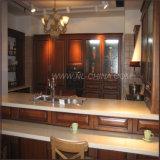 Cabinet de cuisine en bois massif industriel moderne à haute technologie