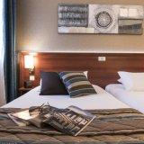 現代ビジネスホテルの寝室の家具(HD235)