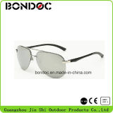 Óculos de sol Aviators Men Metal com lente Tac Polarized