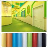Confortable PVC doux en vinyle coloré PVC en rouleaux pour enfants