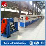 Plastikgummiwärmeisolierung-Rohr-Gefäß, das Maschine herstellt