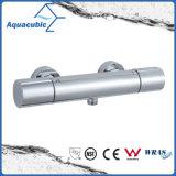 Termostatico della stanza da bagno cromato intorno alla valvola di acquazzone esposta del miscelatore della barra (AF7260-7)