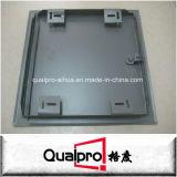 Geflanschte Metalltür AP7040 leeren
