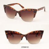 Óculos de sol da mulher dos olhos de gato da injeção do Cp da alta qualidade